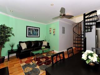 Midtown West 4 Bedroom/2 Bathroom - New York City vacation rentals