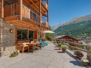 Unique hillside Chalet Ibron boasts spectacular views and 200m from the Matterhorn Express - Zermatt vacation rentals