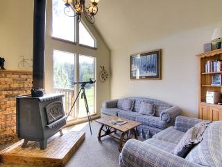 Cozy House with Deck and Mountain Views - Angel Fire vacation rentals