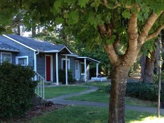 1 bedroom Cottage with Internet Access in Grants Pass - Grants Pass vacation rentals