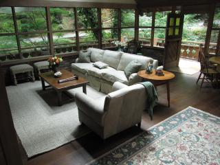 Luxury Creekside Cottage , a Short Walk to Town! - Mill Valley vacation rentals