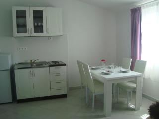 LAURENTA 2 - Rogoznica vacation rentals