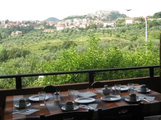 Ostro Bed & Breakfast at Montepulciano in Tuscany - Montepulciano vacation rentals