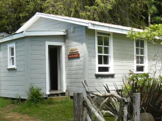 Haurata Backpacker - Gisborne vacation rentals