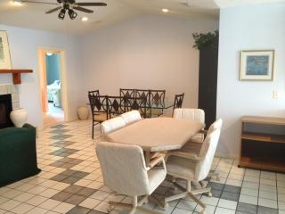 House for 10 near Skydive DeLand - De Leon Springs vacation rentals