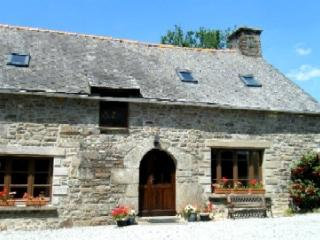La Petite Longere, a gite exclusively for couples. - Plessala vacation rentals