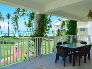 AMAZING 3+ BDRM BEACHFRONT w/ Breathtaking views! - Punta Cana vacation rentals