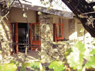 Mont Rouge Cottage 1 tulbagh - Tulbagh vacation rentals