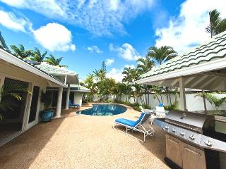 5BR Great Kahala Home,Pool,Tiki Bar,Near Beach - Honolulu vacation rentals