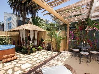The Breeze Cottage in Venice Beach 1/2 block from the beach - Los Angeles vacation rentals