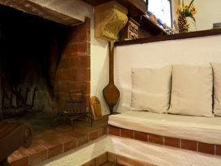 b&b oleandro - Matino vacation rentals