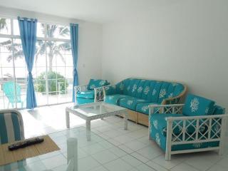 "Ocean Yards From Your Fingertips ""The Bimini Apart - Nassau vacation rentals"
