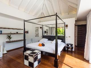 Convenient Villa with Internet Access and A/C - Lorient vacation rentals