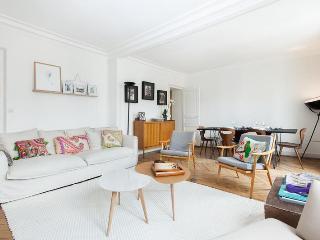 onefinestay - Rue Beudant apartment - Paris vacation rentals