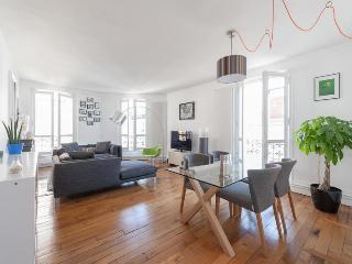 Rue des Volontaires Paris Vacation Apartment - Ile-de-France (Paris Region) vacation rentals