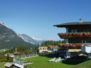 Vacation Apartment in Arzl im Pitztal - 538 sqft, quiet, idyllic, beautiful (# 4312) - Arzl im Pitztal vacation rentals