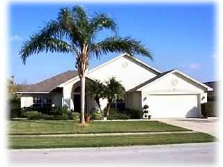 Front View - 3 BR Executive Pool Villa in Kissimmee - Kissimmee - rentals