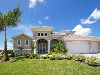 Villa Royal Sunset - High End Home on the Spreader - Cape Coral vacation rentals