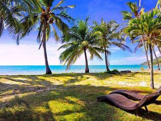 Oak Beach Villa 3 Brm Ocean Front House - Hamilton Island vacation rentals