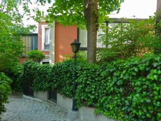 Romantic 1 bedroom Apartment in Paris with Internet Access - Paris vacation rentals