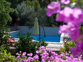 Villa donna Sunshine 2+2 apartment - Trogir vacation rentals