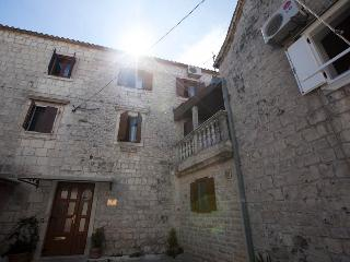Villa donna Sunshine 2+2 apartment - Trogir vacation rentals