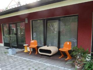 (website: hidden) - Vacation Apartment in Weimar - quiet, central location, comfortable and lovingly furnished - Weimar vacation rentals