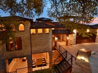 4 bedroom Villa with Long Term Rentals Allowed in Austin - Austin vacation rentals