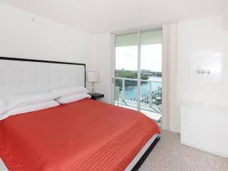2 bed / 2 bath apartment in Miami 5-8 - North Miami vacation rentals