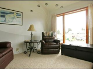 The Attic, 2 BR downtown apartment, private deck - Haines vacation rentals