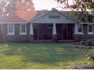 Ozark Vacation Rental listed on the National Register - Omaha vacation rentals