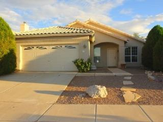 Three bedroom home with den in Marana - Tucson vacation rentals