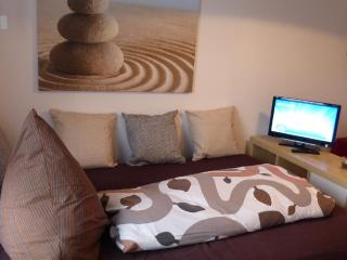Vacation Apartment in Uttenreuth - 1625 sqft, central, cozy, modern (# 4319) - Uttenreuth vacation rentals
