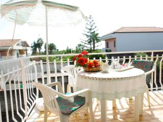 Seaside Apartment under Mount Etna - 4 people - Acireale vacation rentals