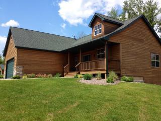 4 Bedroom All Year Lake Home at Big Sandy Resort - McGregor vacation rentals