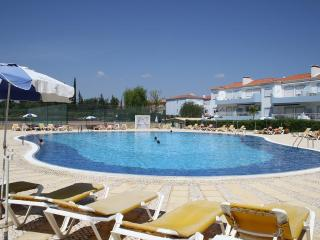 Oasis in Algarve! Beach,Pools, Golf - Mexilhoeira Grande vacation rentals