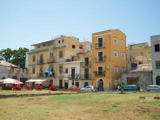 Nice 2 bedroom Bed and Breakfast in Palermo - Palermo vacation rentals