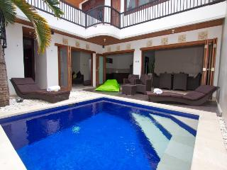 Kuta Royal Villa - HOT SPECIAL RATES - Kuta vacation rentals