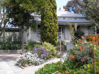 Fairbank House in Maldon - an Australian icon - Maldon vacation rentals