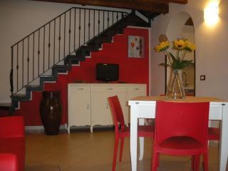 2 bedroom Condo with Internet Access in Castellammare del Golfo - Castellammare del Golfo vacation rentals