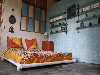 Tanah Cinta Family House (Aquarelle Bungalow) - Payangan vacation rentals