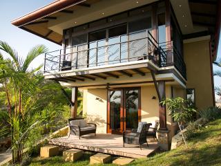New Romantic Casita - Casa Anaka - Puntarenas vacation rentals