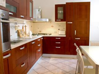 Charming Apartment - Free WiFi - Florence vacation rentals