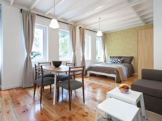 DECO | Stylish 1 Bed in Galatasaray - Istanbul vacation rentals