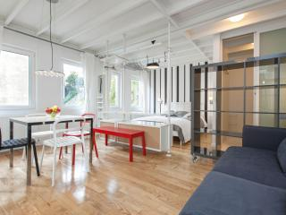 ZOE | Very central 1bed flat with 50m2 terrace! - Istanbul vacation rentals