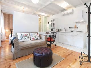 KLIMT   stylish & comfortable 1 BED! - Istanbul vacation rentals