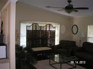 Beautiful House with Internet Access and A/C - Cedar Key vacation rentals