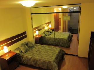 Departamento amoblado con garaje: turistas - Arequipa vacation rentals