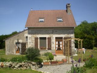 Charming Rural Gite in Moustiers, Haute Vienne, Limousin - Limousin vacation rentals