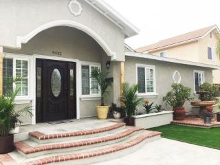 7 bedroom House with Deck in Anaheim - Anaheim vacation rentals